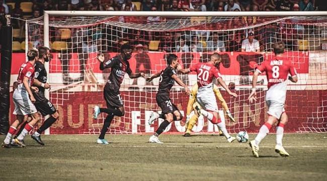 Slimani'nin golü Monaco'ya yetmedi