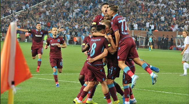 Trabzonspor Sparta Prag'ı geçti Play-Off'a yükseldi