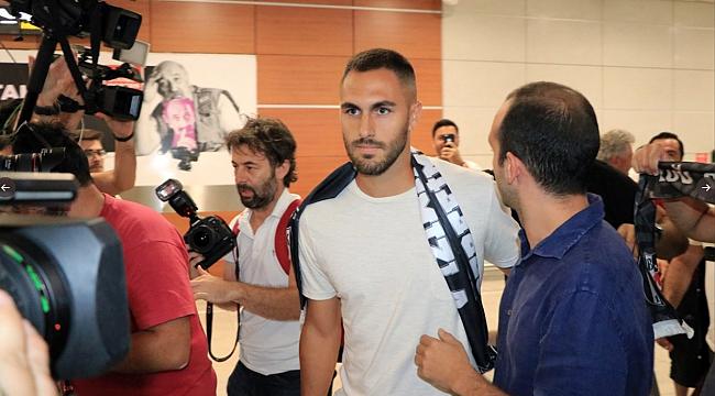 Victor Ruiz Beşiktaş için İstanbul'da