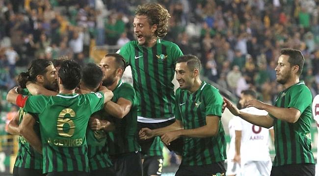 Akhisarspor Hatayspor'u eli boş gönderdi