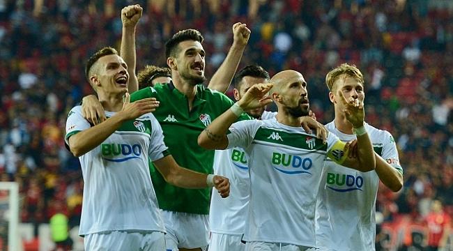 Bursaspor Eskişehirspor'u rahat geçti