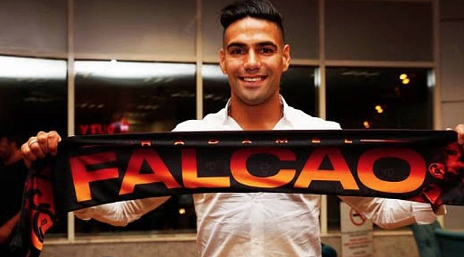 Falcao resmi imzayı attı