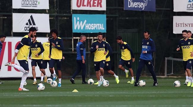 Fenerbahçe'de Rodrigues ve Moses dışında eksik yok