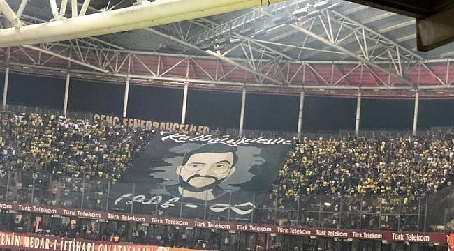 Fenerbahçe taraftarı Koray Şener'i unutmadı