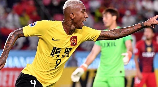 Guanghzou Anderson Talisca'nın golüyle yarı finalde