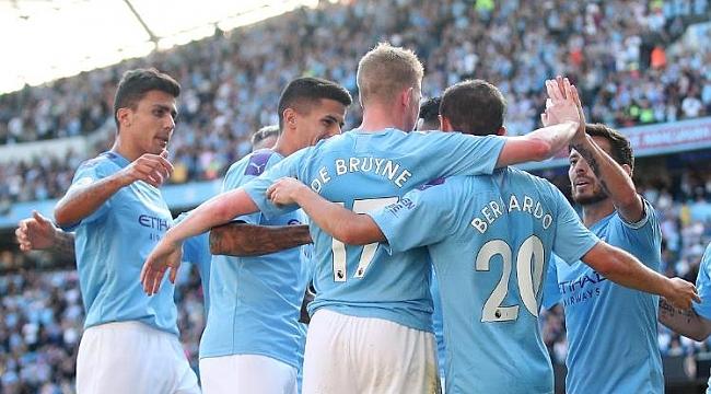 Manchester City 18 dakikada 5 gol attı