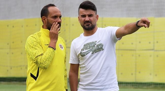 Menemenspor'da teknik adam değişti