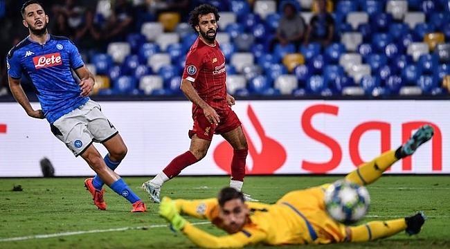 Napoli son şampiyonu devirdi