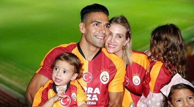 Radamel Falcao transferini anlattı