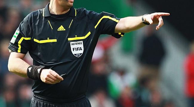 UEFA mentörü Larsen Süper Lig hakemleriyle toplantı yaptı