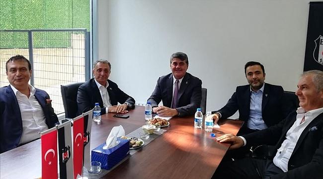 Ahmet Nur Çebi ve Serdal Adalı bir araya geldi