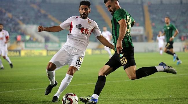 Akhisarspor Eskişehirspor'u 2-1'le geçti