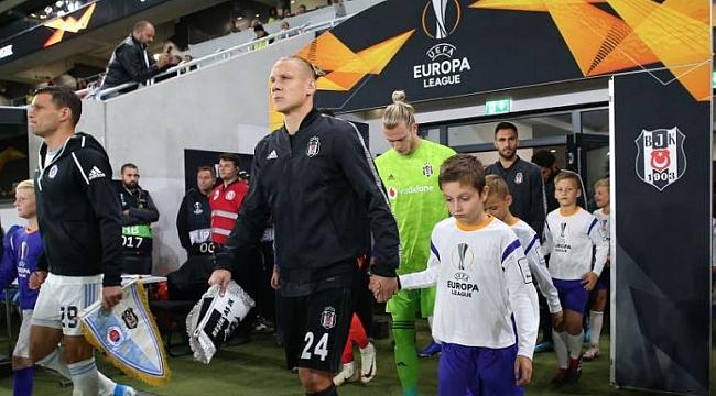 Beşiktaş Wolves'a karşı