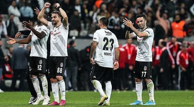 Beşiktaş'ta derbiyle birlikte moraller yerine geldi