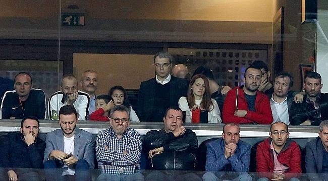 Comolli Başakşehir - Trabzonspor maçını izledi