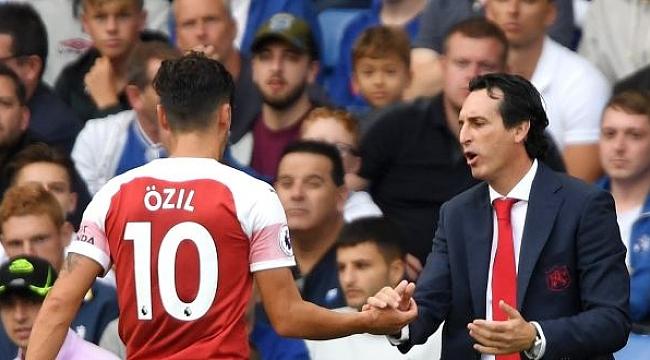 Emery'den Mesut Özil'e açık kapı