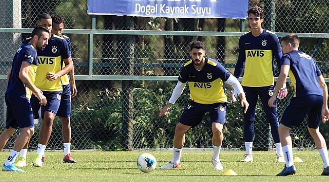 Fenerbahçe Antalyaspor maçı için kampa girdi