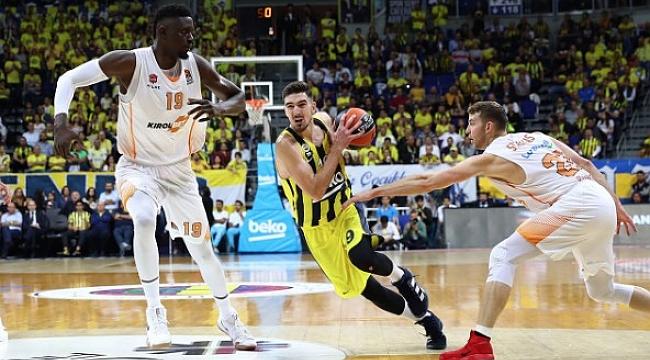 Fenerbahçe Beko'yu De Colo sırtladı