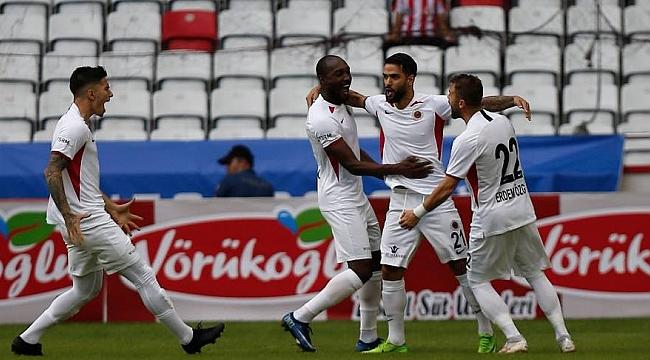 Gençlerbirliği'nden Antalyaspor'a tarihi fark
