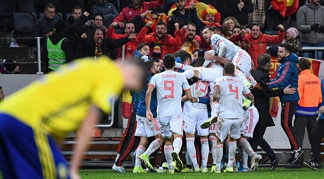 İspanya final biletini uzatmalarda aldı