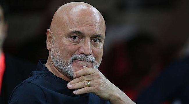 Kayserispor Hikmet Karaman'la devam kararı aldı