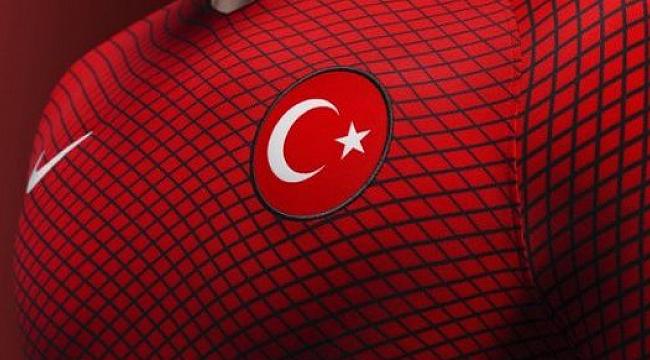 Paris'te final gibi maç: Fransa - Türkiye