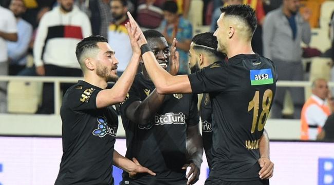 Yeni Malatyaspor Denizlispor'u farklı geçti