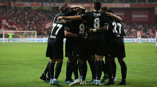 Beşiktaş Antalya virajını kayıpsız atlattı
