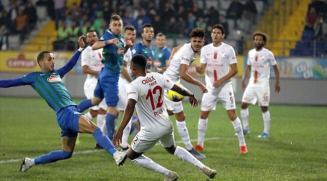 Çaykur Rizespor Antalyaspor'u tek golle yendi