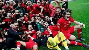 Dün gecenin ardından 4 ülke finalleri garantiledi