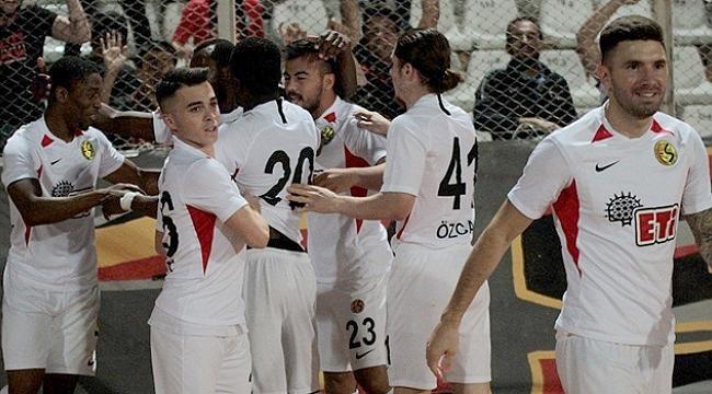 Eskişehirspor Adana'dan 3 puanla dönüyor