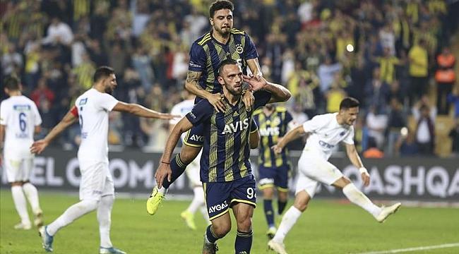 Fenerbahçe Kasımpaşa'yı yendi maç fazlasıyla lider oldu