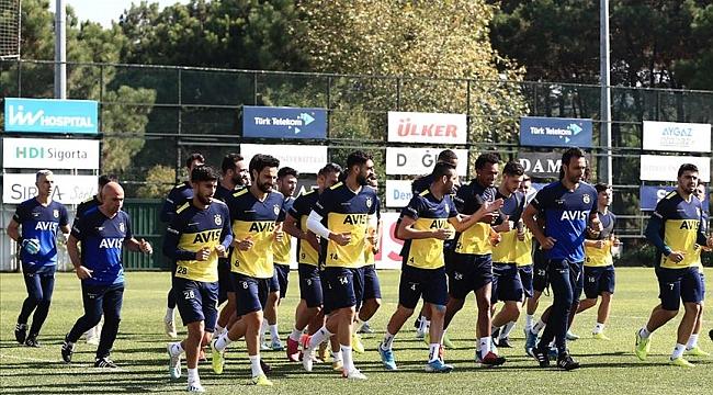 Fenerbahçe Kayseri'ye 4 eksikle gidiyor