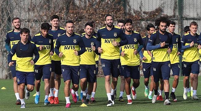 Fenerbahçe Yeni Malatyaspor maçının hazırlıklarını sürdürdü