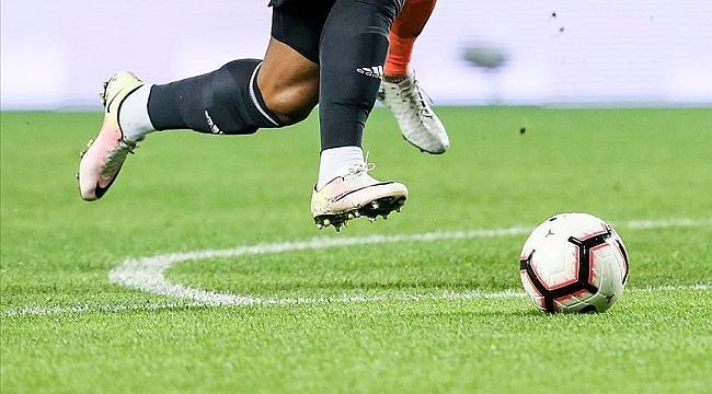 Galatasaray ile Medipol Başakşehir yarın karşılaşacak