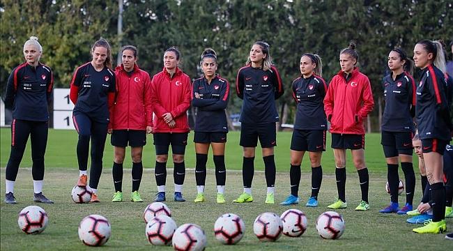 Kadın A Milli Takımı yarın Hollanda ile karşılaşacak