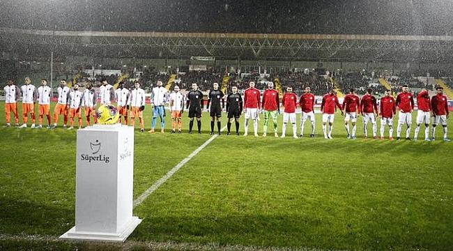 Alanyaspor - Antalyaspor derbisinde gol yok