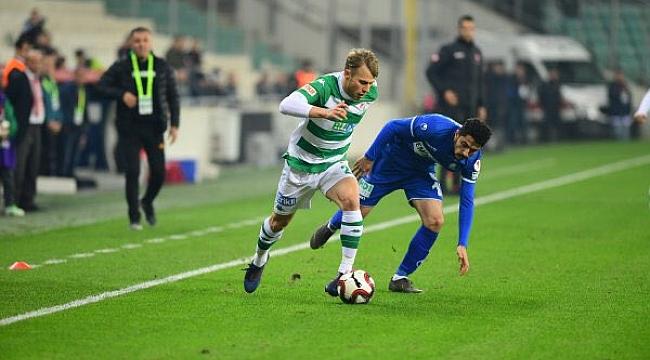 BB Erzurumspor Bursa'da yenilgiye rağmen tur atladı