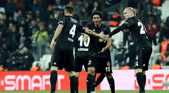 Beşiktaş 9 kişilik Gençlerbirliği'ni farklı yendi: 4-1