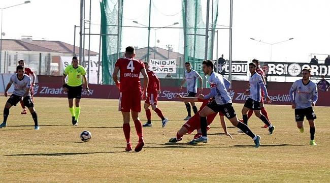 Beşiktaş soğuk terler dökerek turladı
