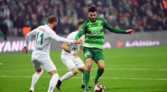 Bursaspor Giresunspor'a sahasında mağlup oldu