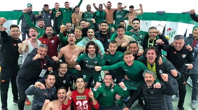 Bursaspor lider Hatayspor'u devirdi