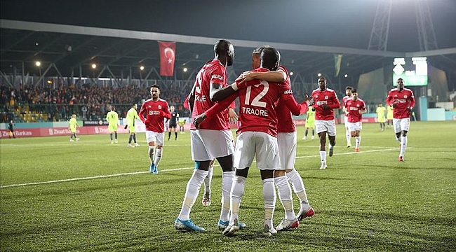 Demir Grup Sivasspor Kupa'da zorlanmadı