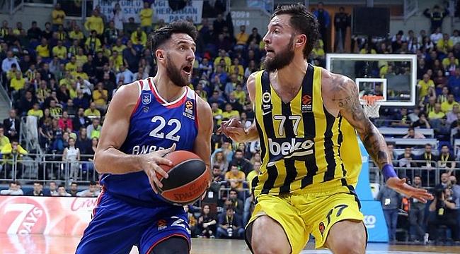 Euroleague'deki Türk derbisini kazanan Anadolu Efes