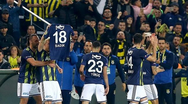 Fenerbahçe Kadıköy'de Beşiktaş'a 19 maçtır kaybetmiyor