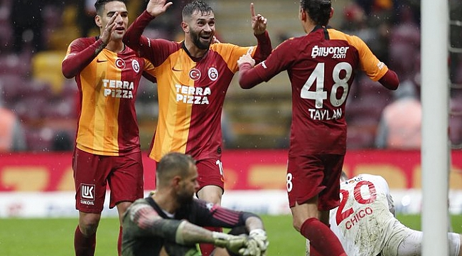 Galatasaray 2019'u farklı galibiyetle kapattı