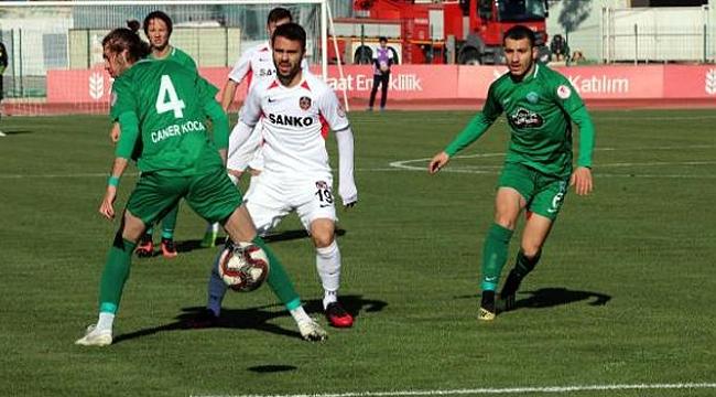 Kırklarelispor Gaziantep FK'yı mağlup etti