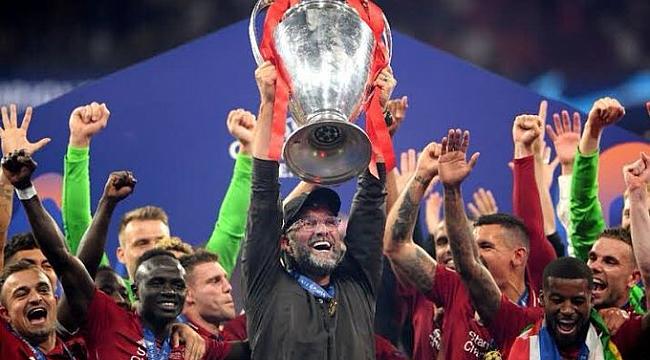 Liverpool 2019'u 3 kupayla kapattı