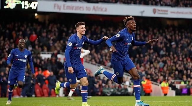 Londra derbisinde Chelsea Arsenal'i son 7 dakikada mağlup etti