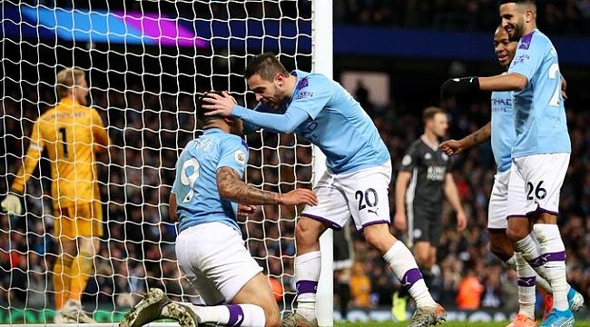 Manchester City Leicester City'yi geriden gelip devirdi